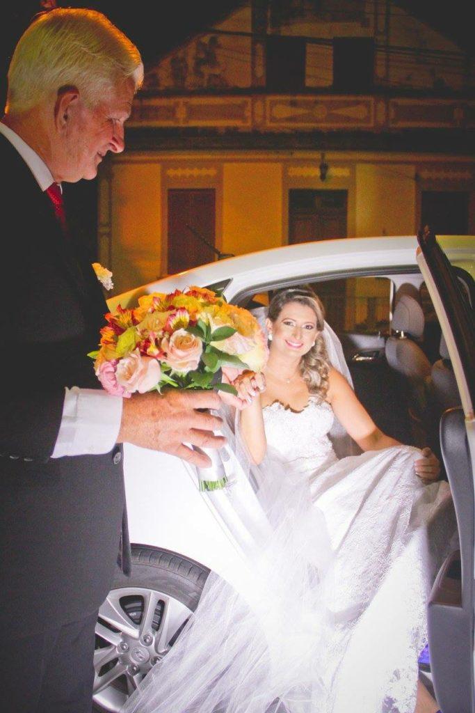 debora-de-oliveira-amiga-casando